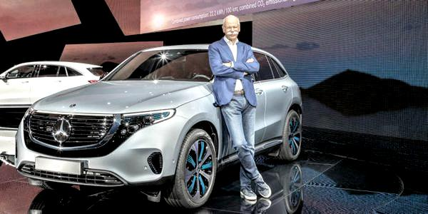 Глава концерна Daimler уйдет в отставку