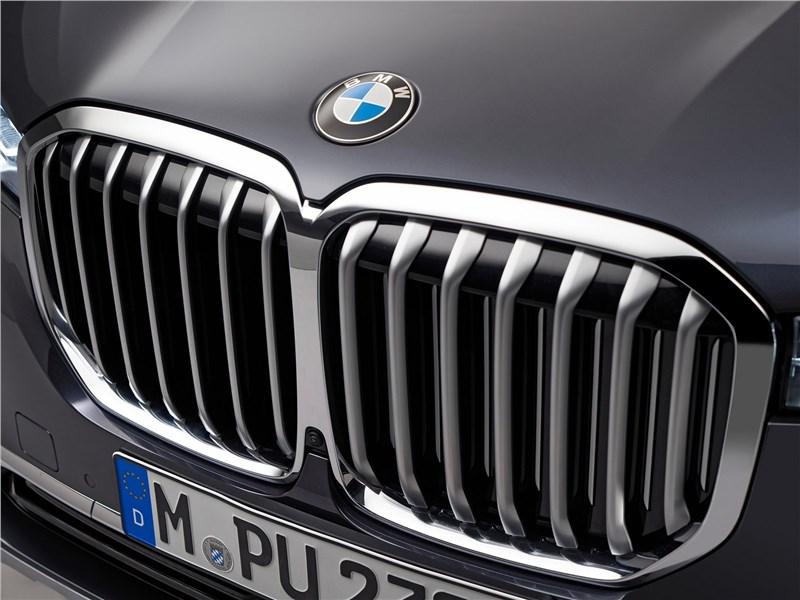 В BMW рассказали об отношении клиентов к гигантским радиаторным решеткам