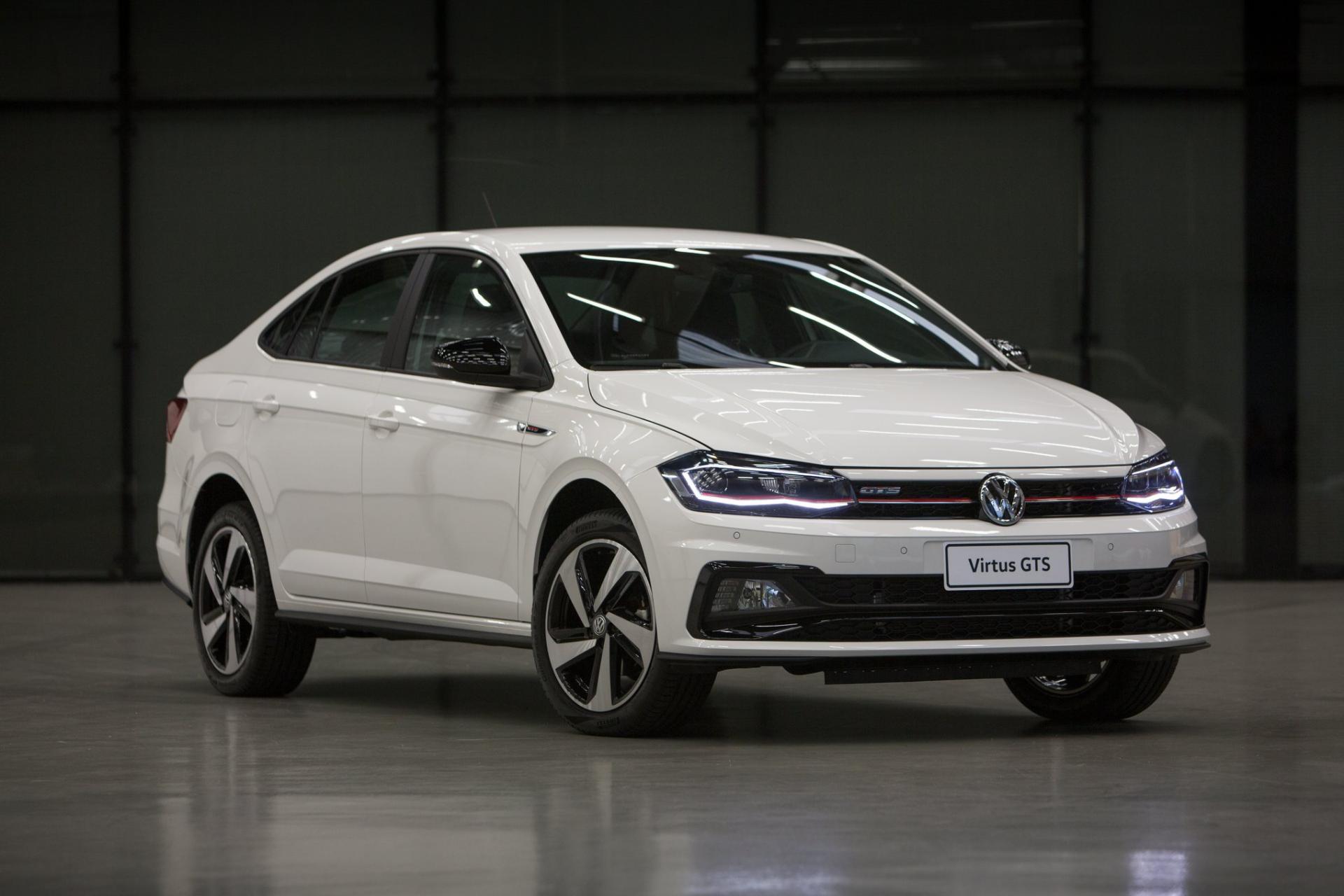 Volkswagen показал серийные Virtus GTS и Polo GTS