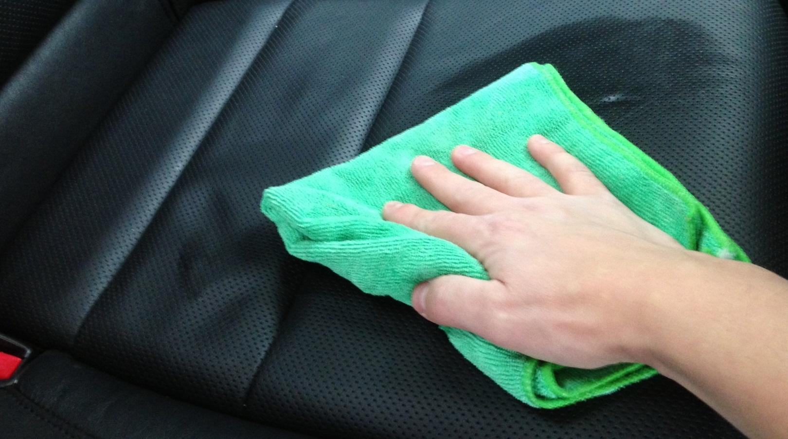 12 полезных советов о том как сохранить кожаные сидения автомобиля