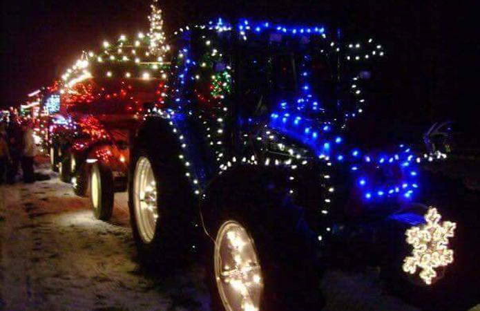 В Украине впервые пройдет парад иллюминированных тракторов