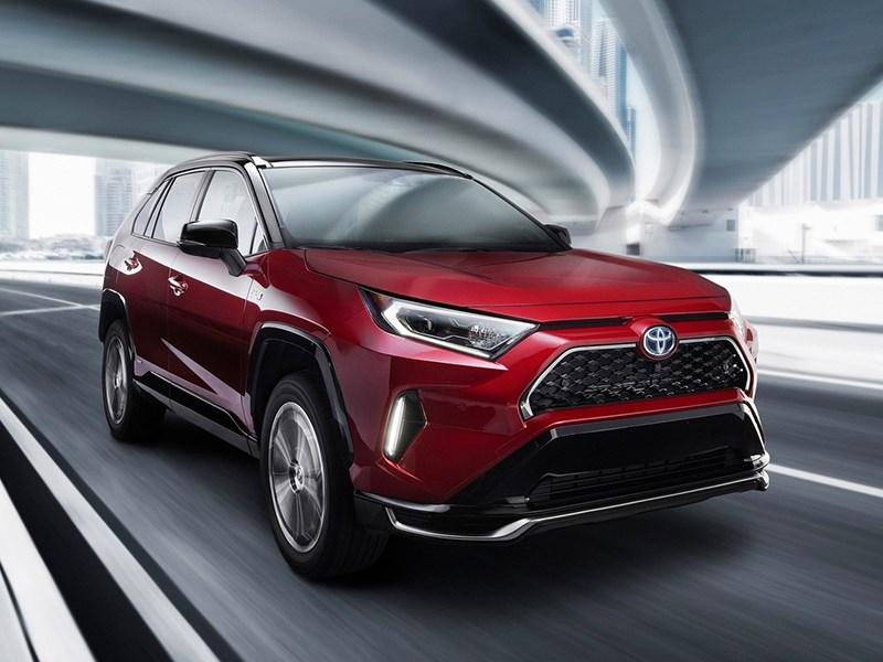 Toyota предложит альтернативные настройки системы стабилизации для нового RAV4