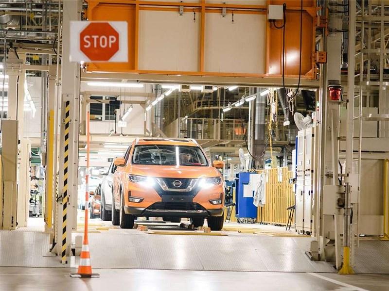Nissan закроет два завода и уволит почти пять тысяч человек