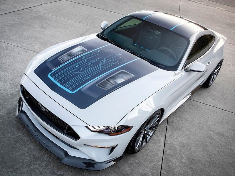 Ford Mustang превратили в электромобиль