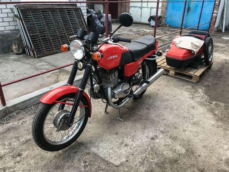 Капсула времени: обнаружен культовый мотоцикл Jawa без пробега