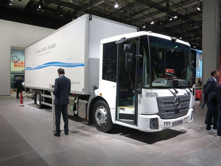 Mercedes-Benz готовит электрический грузовик eEconic