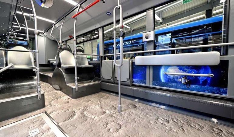 Новейшие автобусы Citaro креативно расписали внутри