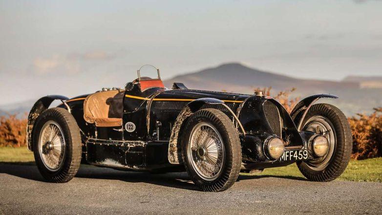 Этот 86-летний Bugatti продают по цене тысячи новеньких Renault Duster