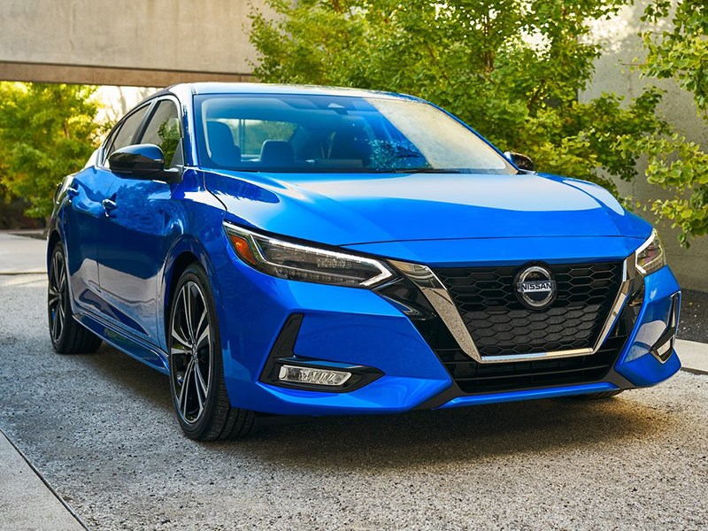 Nissan представил новую sentra