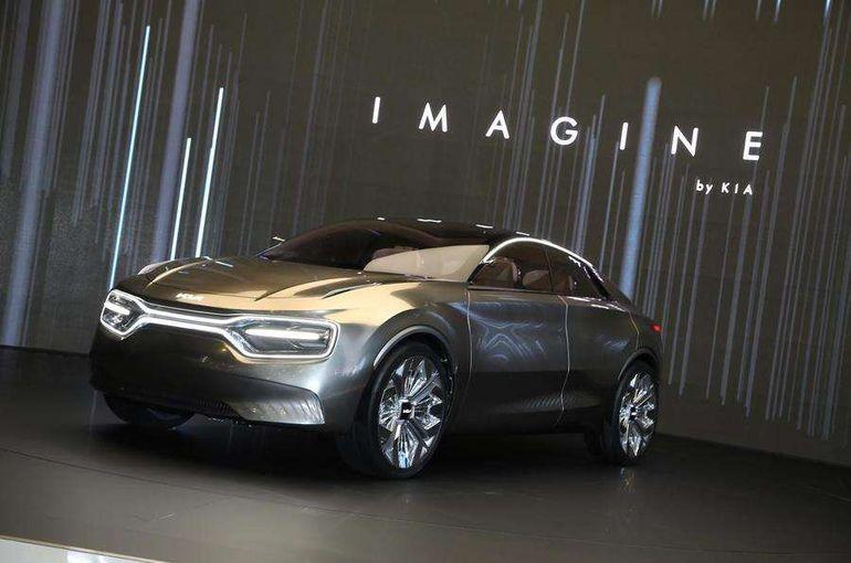 Новый электрический кроссовер от Kia проедет 500 км на одном заряде