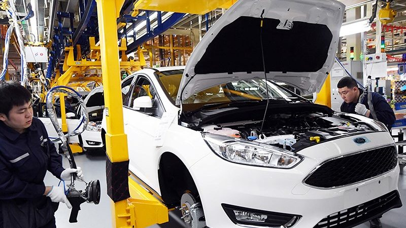 Китайский вирус угрожает автомобильной промышленности США