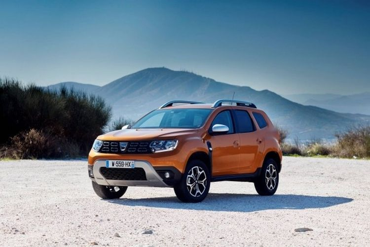 Автомобили бюджетного бренда Renault «подключат к розетке», но «полуавтопилот» им не светит