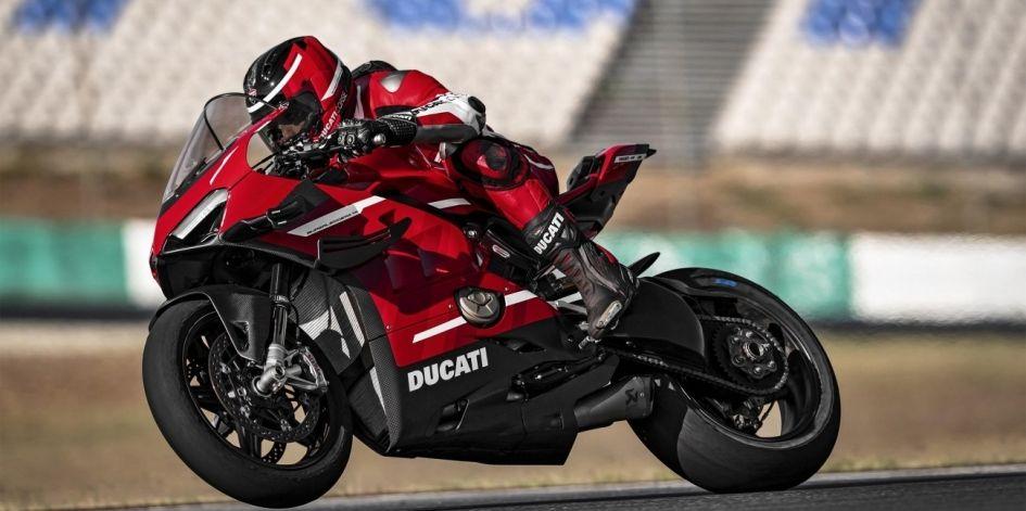 Представлен самый мощный Ducati за всю историю — Superleggera V4