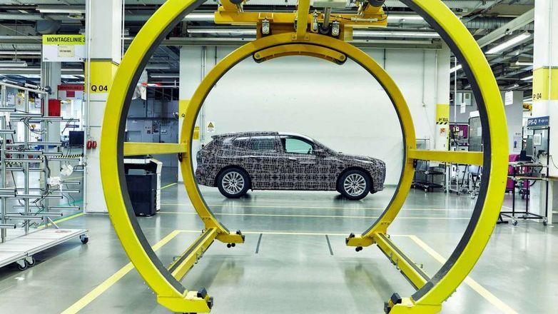Кроссовер BMW похвастается «умными» стеклами