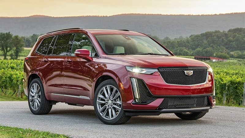 Cadillac вывел на рынок две новинки