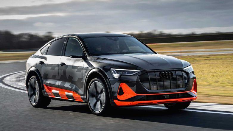 Электрокроссовер Audi E-Tron получил третий мотор