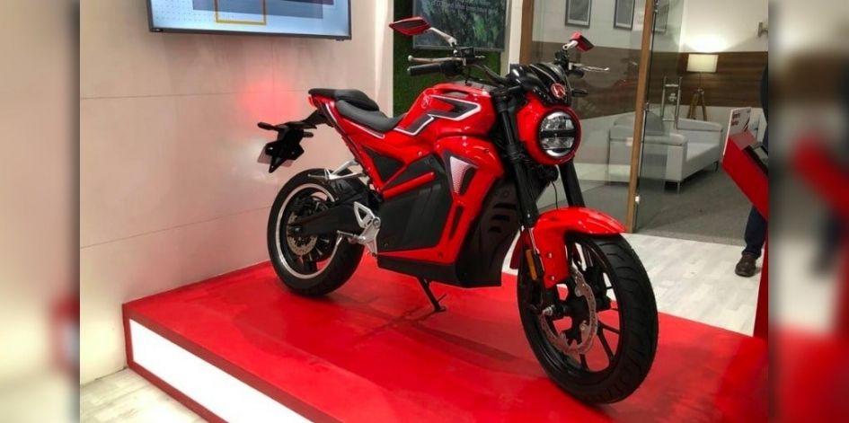 Hero представила легкий бюджетный мотоцикл