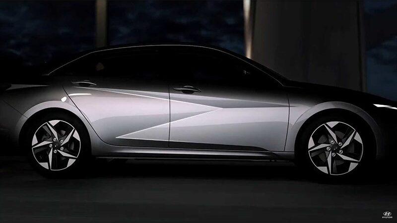 Новая Hyundai Elantra будет удивлять дизайном