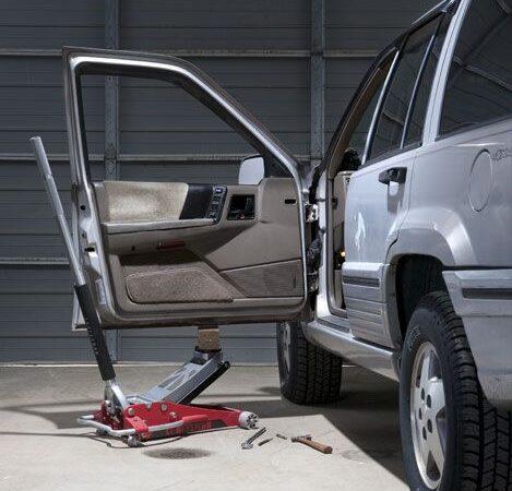 Как исправить провисание автомобильных дверей