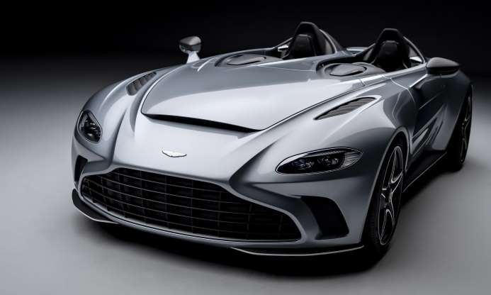 Aston Martin V12 Speedster: первый взгляд