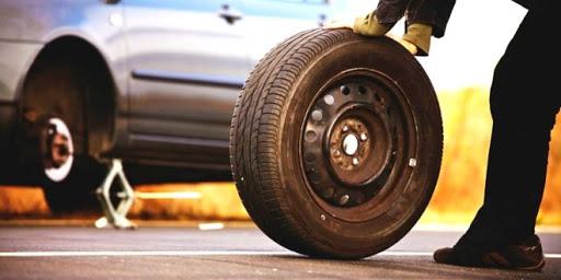 Как поменять шину?