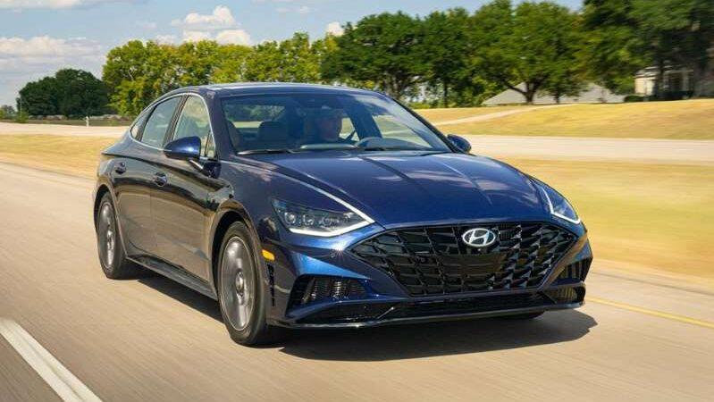 Hyundai вспоминает Sonata 2020 года с технологией Remote Smart Parking