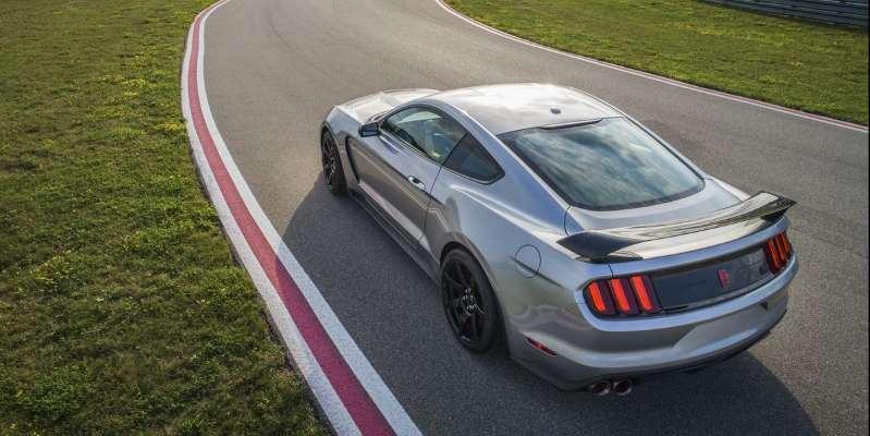 Мельница слухов: Ford Mustang GT350 умер в 2021 году