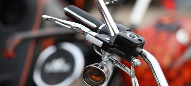 Как починить и отрегулировать трос газа мотоцикла?