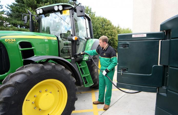 Продавцы топлива обещают поблажки для аграриев в посевную