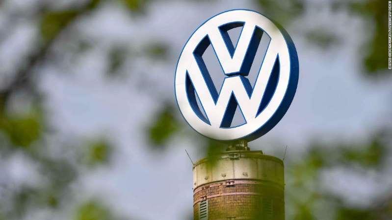 Volkswagen приносит извинения за расистскую рекламу в Instagram