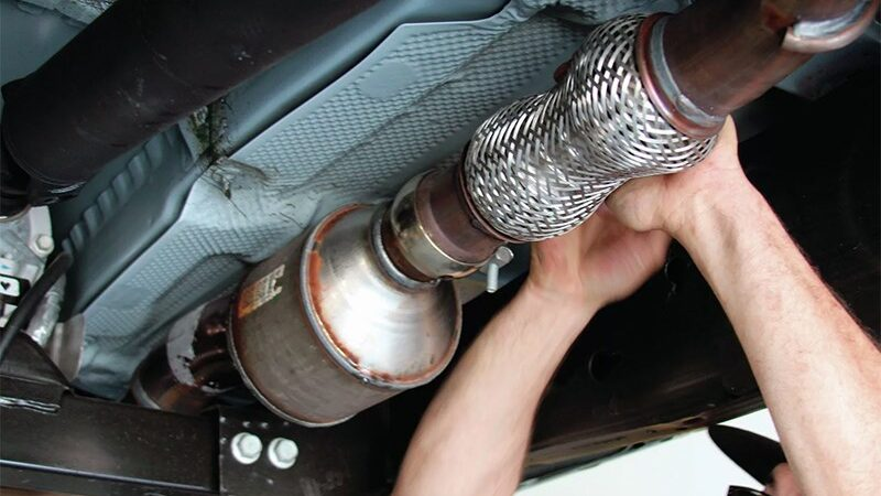 Как отремонтировать или заменить глушитель своими руками?