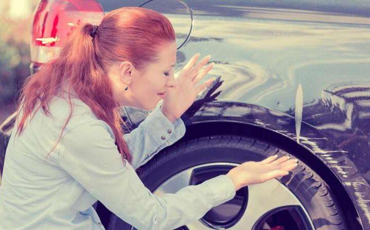 Как удалить царапины с автомобиля?