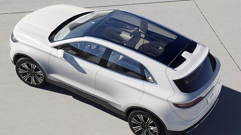 Преимущества и недостатки автомобилей с панорамной крышей