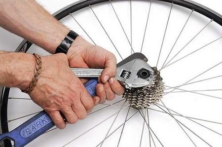 Как заменить кассету на велосипеде?