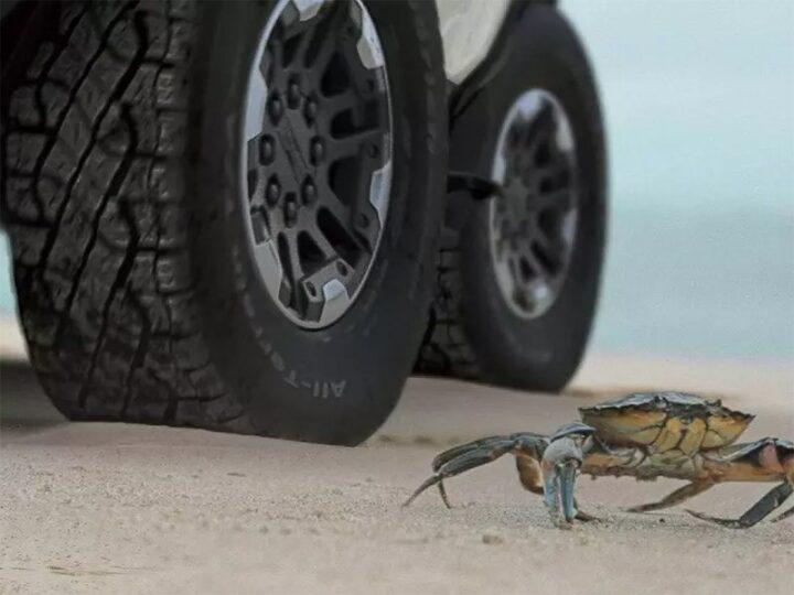 Новый Hummer сможет ездить «крабиком»