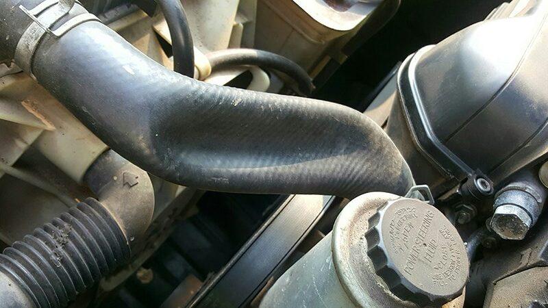 Почему сжимается и лопается патрубок радиатора